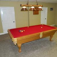 8ft. Connelly Pool Table and Pool Table Light